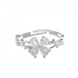 Anillo abierto de plata enredado de espinas de mariposa con flores de cristal de cuatro hojas originales