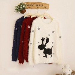 Lovely Elk Snowflake Embroidery Round Neck Sleeve Sweater