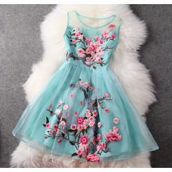 Bordado hecho a mano vestido de fiesta de organza de flores