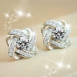 Brillante Enroscarse Trébol Embutido Diamante Elegante Plata Banquete Joyería Aretes