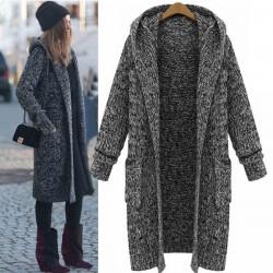 Abrigo largo con capucha y punto jersey con capucha