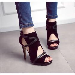 Nuevas sandalias romanas huecas del vendaje fino con los zapatos de tacón alto impermeables para las mujeres