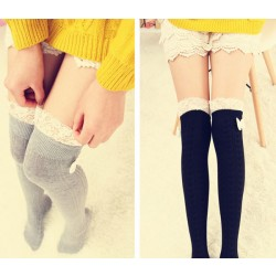 Encaje dulce bowknot costura calcetines altos / medias
