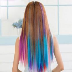 Extensiones de cabello con muchos colores frescos
