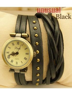 El giro de la trenza sinuoso Rome Leather Wrap Watch-black