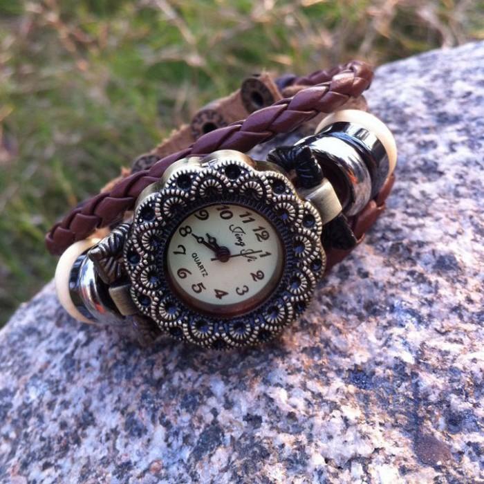 Reloj de pulsera de cuero de cuentas de flores de moda