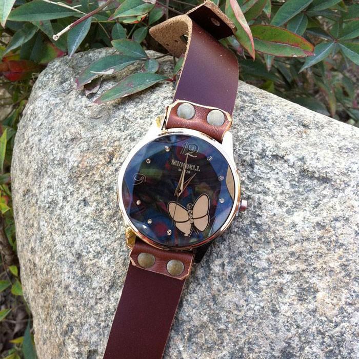 Reloj de estudiante de piel de vaca de cuero marrón retro diamante negro marrón