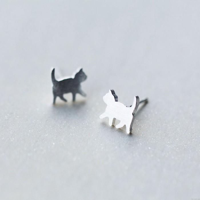 Lindo Mini Pernos prisioneros de oreja de gato cepillados Joyas de animales Kitty 925 Pendientes de plata Pernos prisioneros