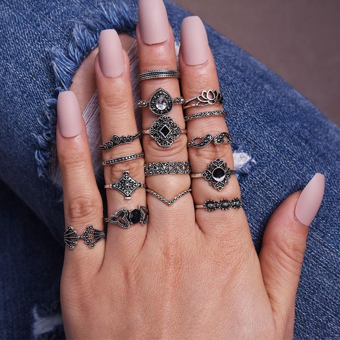 Conjunto de anillo de combinación de corona de gota de agua de diamante de loto hueco retro Conjunto de 15 piezas Anillo de muje