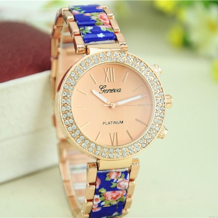 Reloj floral de metal de cerámica con diamantes de imitación de la vendimia noble