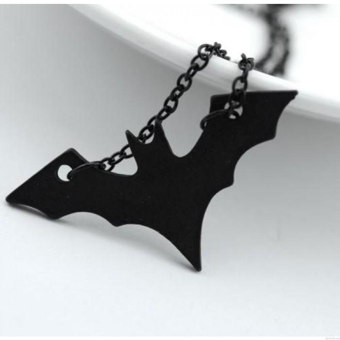 Collar largo de caballero oscuro Batman