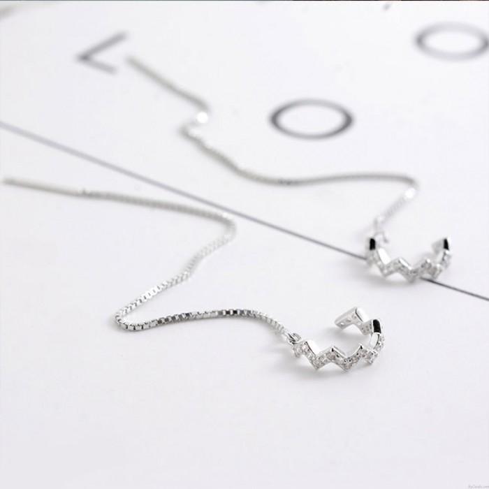 Plata única Mujeres caen Diamante largo Clip de pendiente de línea