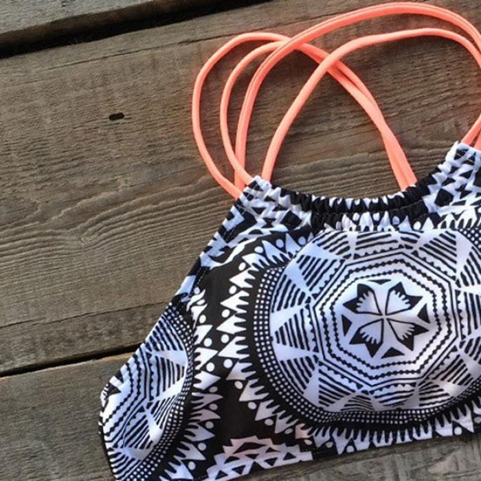 Sexy Geometría Tótem Impresión Trajes de baño Cabestro Bikini Traje de baño Traje de baño