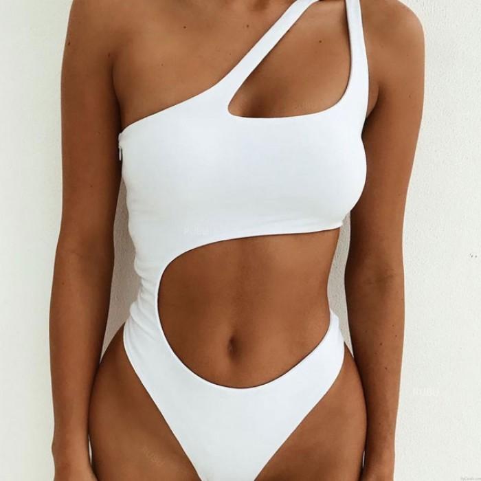Bikinis de leopardo combinados con bandolera irregular de un hombro Bikinis de verano