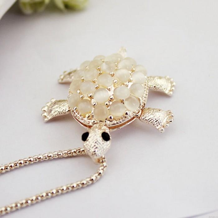 Pequeña tortuga linda ópalo flor hueca collar colgante collar suéter