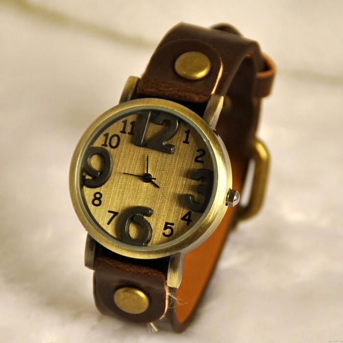Retro Three Dimensional Dial Watch