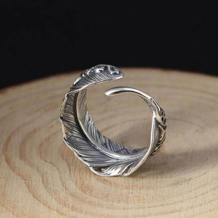 Anillo lenitivo abierto de plata hecho a mano retro