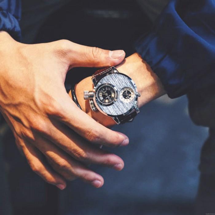 Reloj de cuarzo exclusivo retro circular Stringy Double Dials para hombre