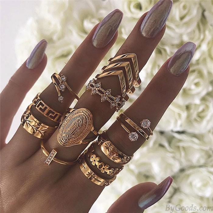 Retro Diamant Mehrschichtiges 13-teiliges Set Golden Abzeichen Kombination Frauenringe