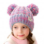 Niedliche gedrehte doppelte Wollkugel Mütze Soft Knit Winter Kind Hut