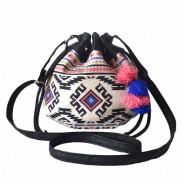 Frauen reizende bunte Mini Volks Streifen Geometrie Kordelzug Eimer Tasche Umhängetasche