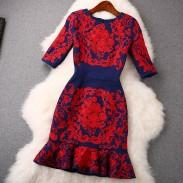 Frühlings-neue rote Lotusblatt bestickt Rock Taille Kleid