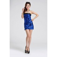 Reizvoller Pailletten Trägerlos Spleiß-Kleid