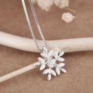 Fresh Snowflake Silver Zircon Friend Gift Jewelry Women Necklace