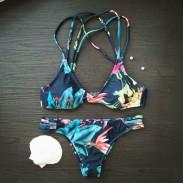Drucken Sexy Neckholder Bikinis Set Cross Bademode Strand Badeanzug