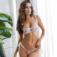 Sexy Gittergewebe Rosa Blumenstickerei-BH-Set Intime durchsichtige Spitzen-Dessous für Teenager