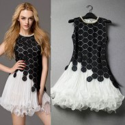 Einzigartige Lösliche Blumen Spleiß Rhinestone-Dekoration Spitze Partei-Kleid