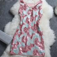 Elegante gesticktes Paillette Gaze-Kleid