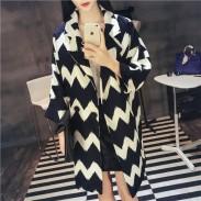 Europäische Herbst Geometrie wellenförmigen Streifen Lady Anzug Revers-langer Mantel