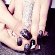 Original Edle Luxuriöse hohle Diamant-verzierte Schild-förmigen Ring