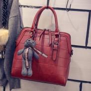 Frauen gesteppte Handtasche Bilaterale Zipper Umhängetasche Bär Umhängetasche