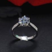 Glänzender silberner klassischer Diamant-romantische Hochzeits-Zircon-Schmucksache-Ring