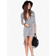 Reizvolle dünne unregelmäßige Schwalbenschwanz Bund Kleid