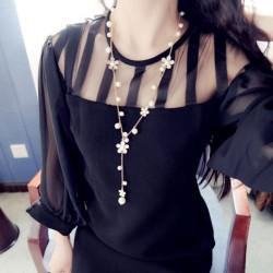 Romantische Blumen-Strickjacke-Kette lange Halskette