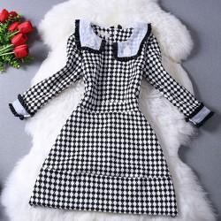 Schlank Schneiden Puppe-Kragen-Kleid mit Hahnentrittmuster