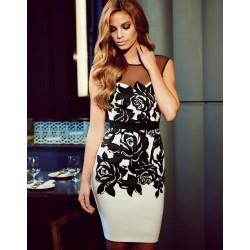 Elegante schwarze Rosen Druck Broschierung Gaze Rückenfreies Kleid