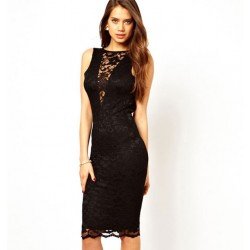 Reizvolle Neues schwarzes Spitzehalter-Beleg-Kleid