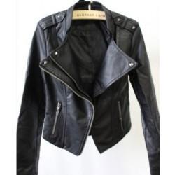 Mode schwarze schlanke Leder Nietjacke