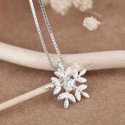 Frische Schneeflocke Silber Zirkon Freund Geschenk Schmuck Frauen Halskette