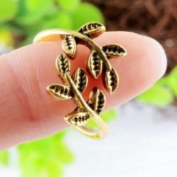 Baum des Lebens Weinlese-antike goldene Öffnungs-Ring