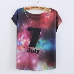 Weltraum bedrucktes Juli T-Shirt