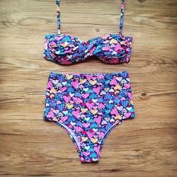 Punkt Herz Geformt Mit hoher Taille Bikini-gesetzte Badebekleidung Frauen-Badeanzug