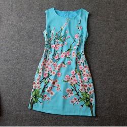 Edle Dreidimensionale Plum Gestickte dünnes Kleid