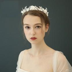 Einzigartige weiße Blume Perle Blätter Krone Wald Stil Hochzeit Bräute Haarschmuck