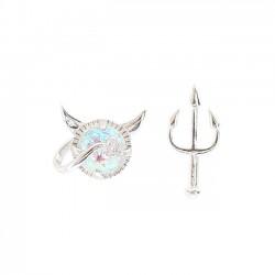 Frische silberne kleine Teufel-nette asymetrische Dreizack-Mädchen-Ohrringe