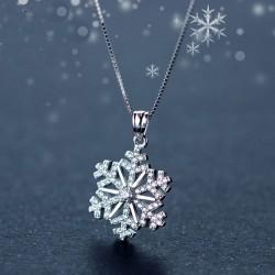 Schöne Diamant-besetzt Schneeflocke Anhänger Silber Niedliche Schlüsselbein Kette Halskette Winter Stil Coole Mode Halskette